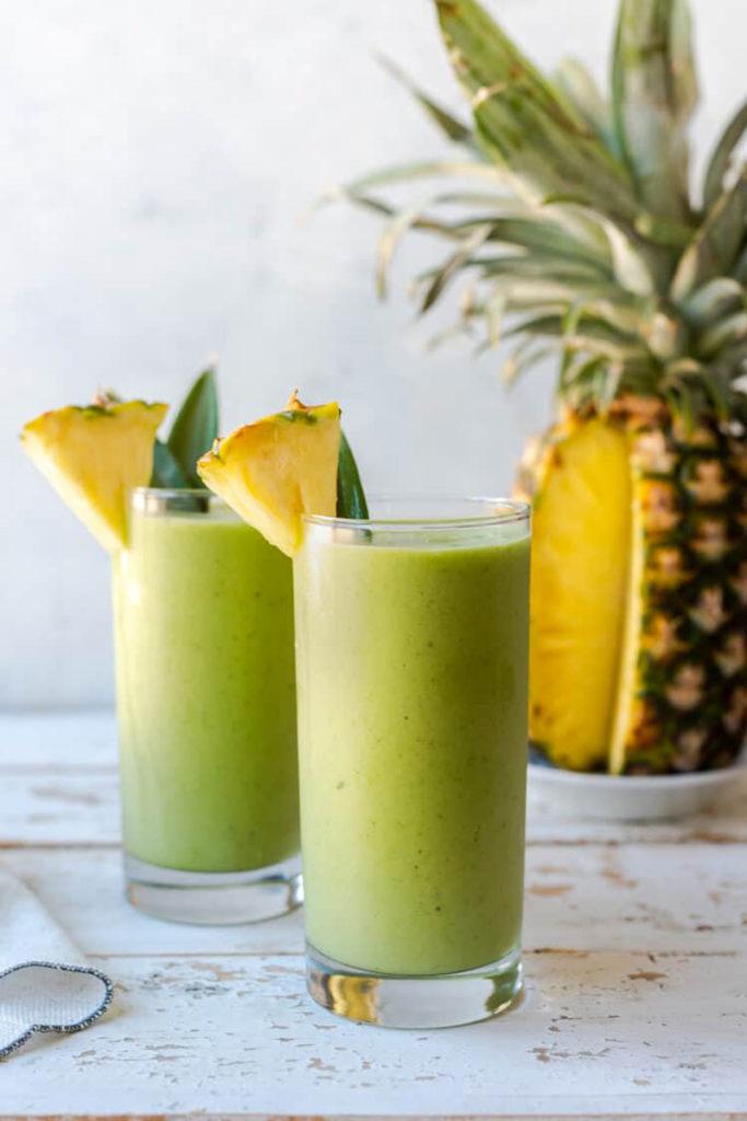 photo smoothie thé vert et ananas