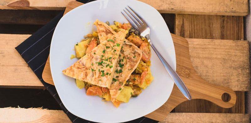 omelette espagnole et son curry de légumes