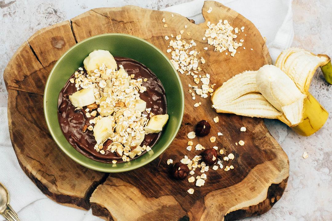 bol-creme-chocolat-banane-noisettes