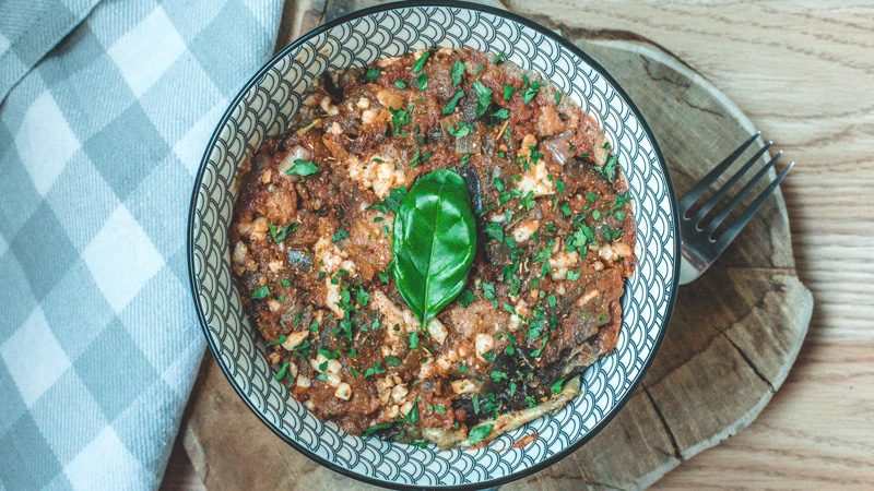 photo de moussaka gourmande aux aubergines grillées
